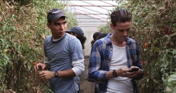 Foto Alex y Octavio en invernadero
